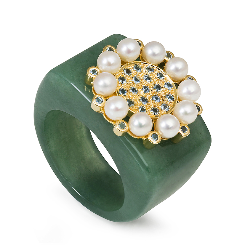 Princess-of-the-Woods-aventurine-quartz-ring-set-with-aquamarines-baby-pearls-18k-gold